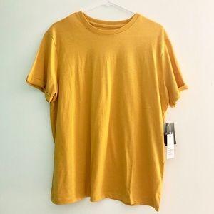 Forever 21 yellow basic t-shirt